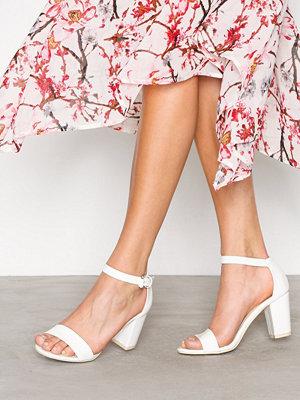 NLY Shoes Block Mid Heel Sandal Vit