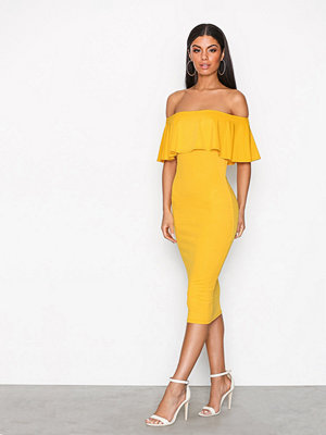 NLY One Frill Crepe dress Mustard