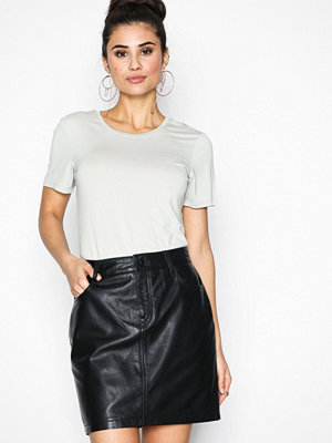 Selected Femme Sfjessie Leather Skirt J Svart