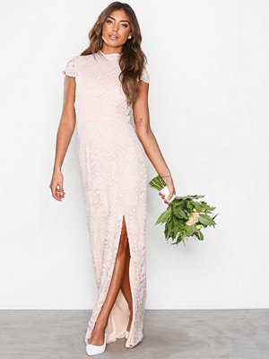 NLY Eve Rose Lace Gown Rose