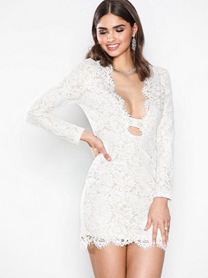 Missguided Lace Scallop Bodycon Dress