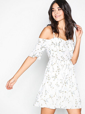 Missguided Strappy Floral Mini Dress White