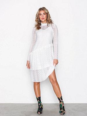 Pieces Pcfilly Ls Lace Dress Ff Vit