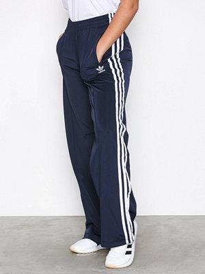 Adidas Originals marinblå byxor Sailor Pant Blå