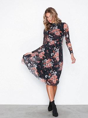 Y.a.s Yasnur Ls Dress Svart