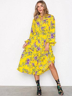 Moves Buana Dress Gold