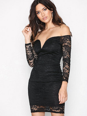 Missguided Bardot Plunge Lace Dress Black
