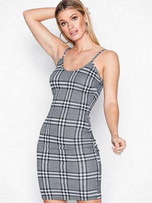 NLY One Check Mini Dress Rutig