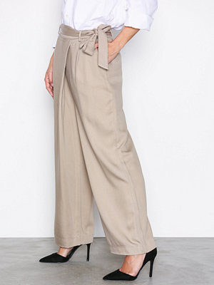 Selected Femme byxor Sfcross Mw Wide Cropped Pant Ljus Brun
