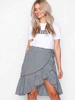 Vero Moda Vmluna Hw Abk Skirt D2-3 Svart