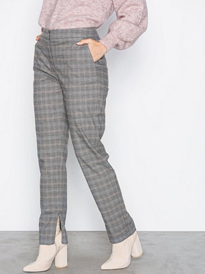 Selected Femme byxor Sfmusi Cropped Mw Pant Mgm Check Ex Grå