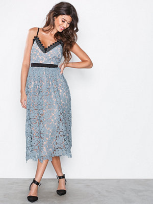 Little Mistress Lace Plated Midi Dress Dusty Blue