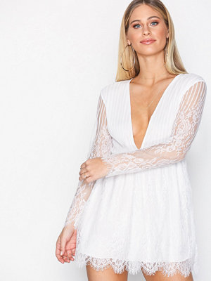 Motel Penley Eyelash Lace Dress White