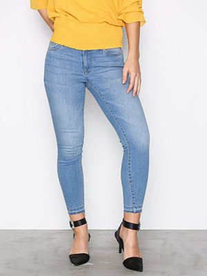 Jacqueline de Yong Jdyskinny Reg Jamie Ank L Jeans Dnm Ljus Blå