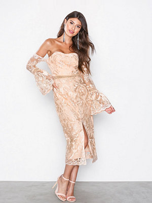 True Decadence Drop Sleeve Dress Peach