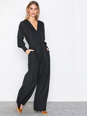 Sisters Point Gebbe Jumpsuit Black