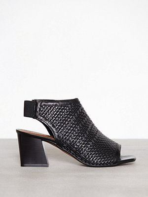 Topshop Nifty Woven Sandals Black