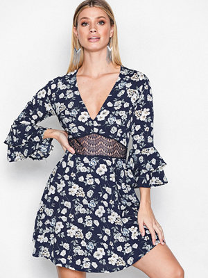 Missguided Crop Sleeve Lace Waist Skater Dress Navy