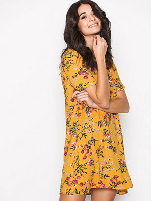 Glamorous Shift Dress Mustard
