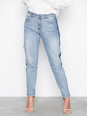 Maison Scotch Petit Ami - Tape Repair Slim boyfriend fit Denim