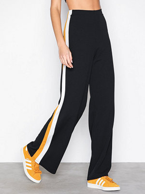 Sisters Point svarta byxor Glut Pants Black