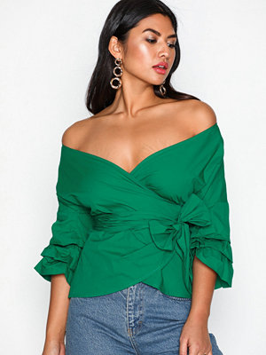 NLY Trend Wrap Shoulder Blouse Grön