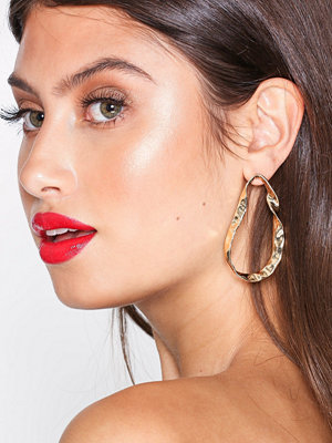 NLY Accessories örhängen Hammer Studs Guld