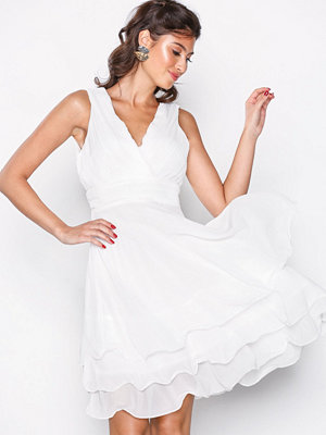Sisters Point Germ Dress White