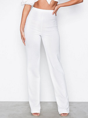 NLY One vita byxor Straight Crepe Pant Vit
