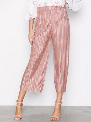NLY Trend persikofärgade byxor Pleated Culotte Pants Rose