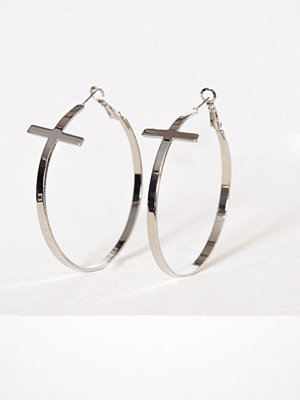 NLY Accessories örhängen Clean Cross Hoops Silver