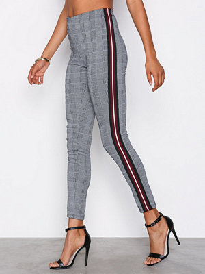 Leggings & tights - NLY Trend Heavy Check Leggings Rutig