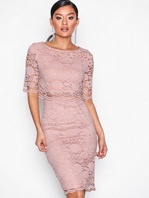 NLY Eve Lace Dream Bodycon Dress Rose
