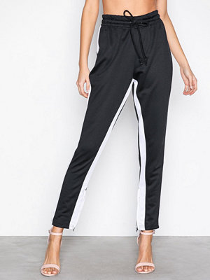 Missguided svarta byxor Side Stripe Skinny Ankle Zip Jogger Black