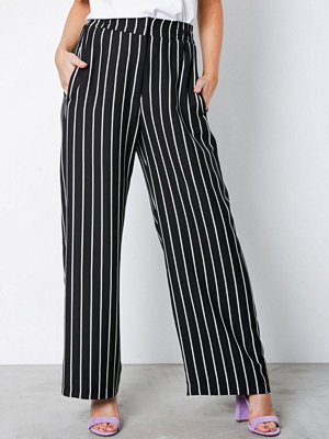 River Island svarta randiga byxor Soft Wide Leg Trousers Black Stripe