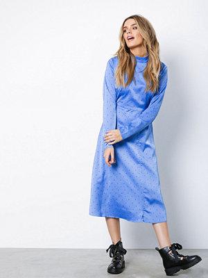 Gestuz Ihara Dress Blå