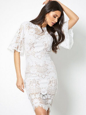 Love Triangle All Over Lace Open Back Mini Dress Vit