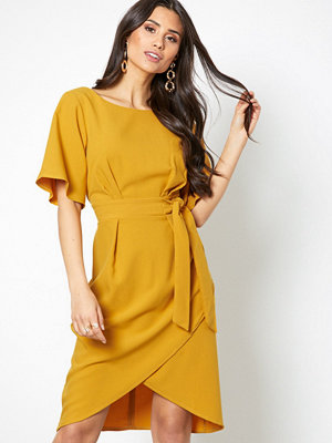 Closet Short Sleeve Midi Dress Mustard