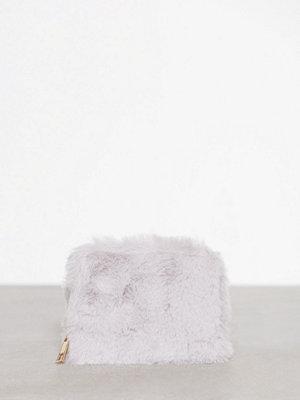 New Look Faux Fur Cardholder Grey