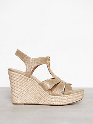 MICHAEL Michael Kors Berkley Wedge