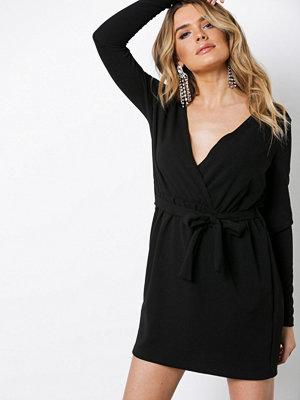 Missguided Stretch Plunge Wrap Dress Black