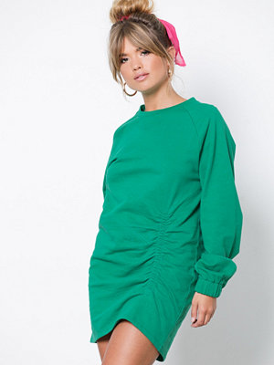 NLY Trend Rouched Front Sweat Grön