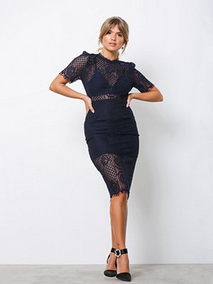 Love Triangle Eye Lash Lace Midi Dress Navy