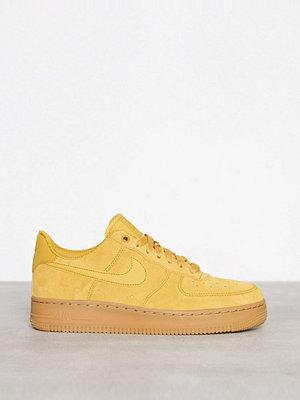 Nike Air Force 1 07 SE Gul