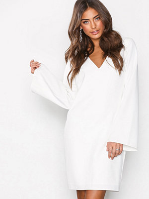 NLY One Trumpet Sleeve Dress Vit