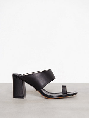 Pumps & klackskor - Topshop Neptune Toe Loop Mules Black