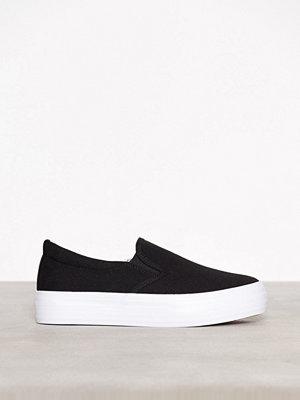 Duffy Slip-On Sneaker Svart