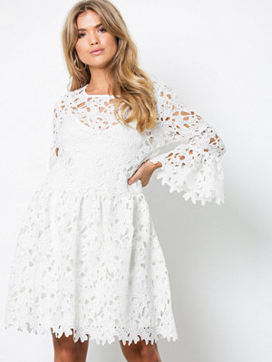 Only onlDAISY Frill Emb Dress Jrs Vit
