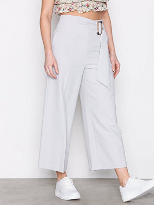 Topshop omönstrade byxor Cropped Wide Leg Trousers Light Grey