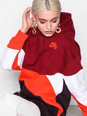 Street & luvtröjor - Nike NSW Hoodie QS Röd